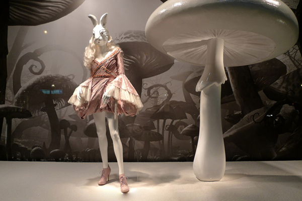Alice In Wonderland at Printemps Alexander McQueen